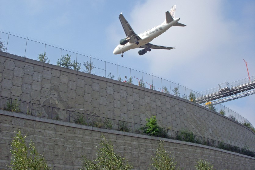 Airport MSE wall